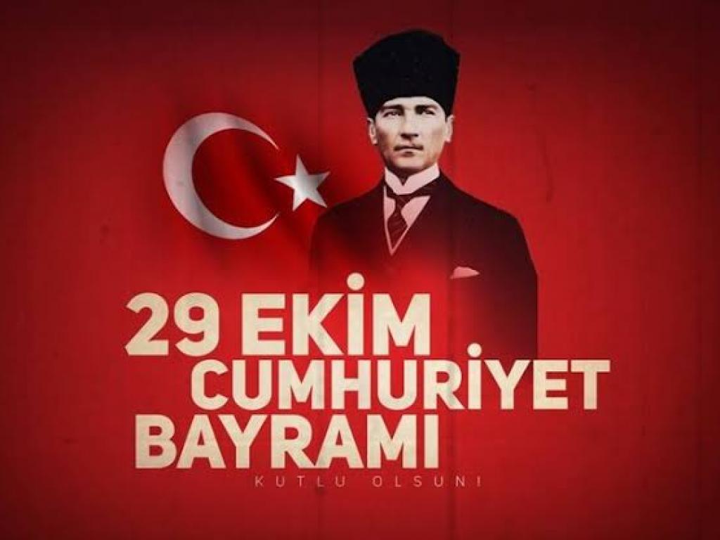 29 Ekim Cumhuriyet Bayramı Atatürk Türk Bayrağı Kutlamak.jpeg