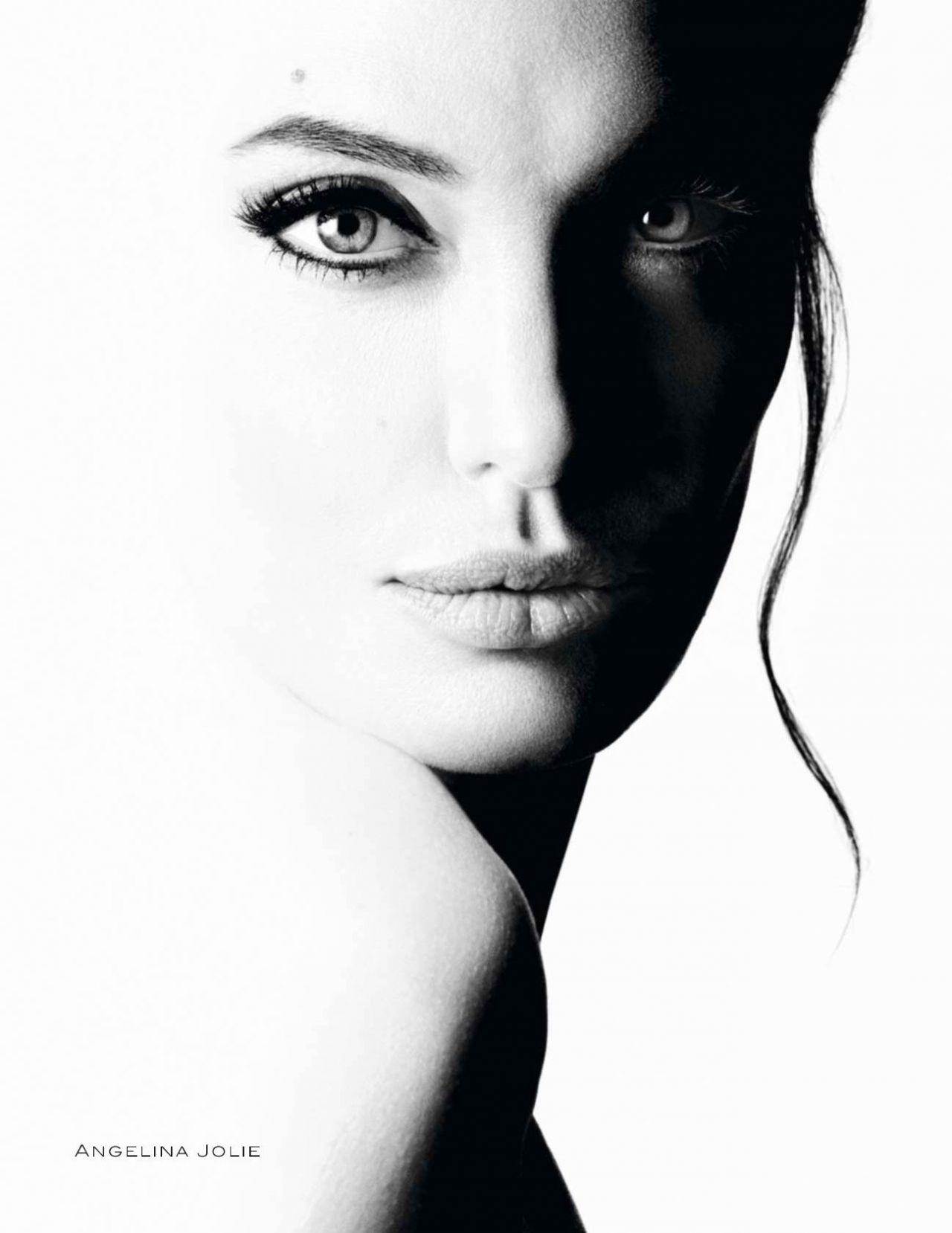 Angelina Jolie sulillet tarzı rekalma resimi Guerlain mon 98dd2dc57b60bb8834a3372f0c7d85f3.jpg