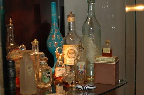 asirlik-parfumun-sirri-izmir-de-5677375_8742_o.jpg