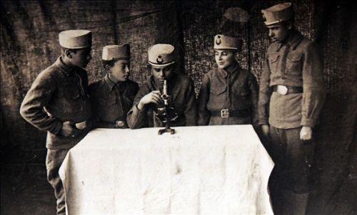 Kazım Karabekir Paşa Atatürk Kurtuluş Savaşı ve öncesi sonrası Çocuk askerler çocukl...jpg
