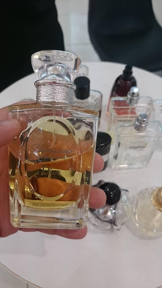 Les Creations de Monsieur Dior Diorissimo edt şişe.jpg