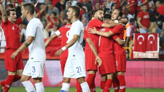Türk futbol milli takımı 2019 Yunanistan hazırlık maçı 5017734.jpg