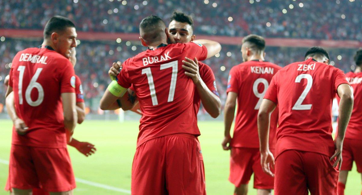 Türk Futbol Milli Takımı 8 Haziran 2019 Fransa maçından sanırım resim 2 0 yendik Maşal...jpg